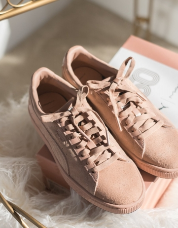 PUMA x MAC ONE Crème De Nude / Muted Clay Women's Suede