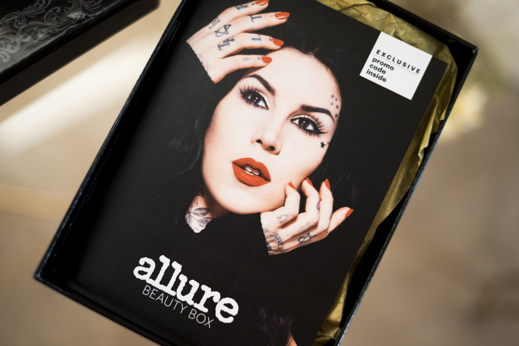 sunkissedblush-katvond-allure-box (2 of 2)