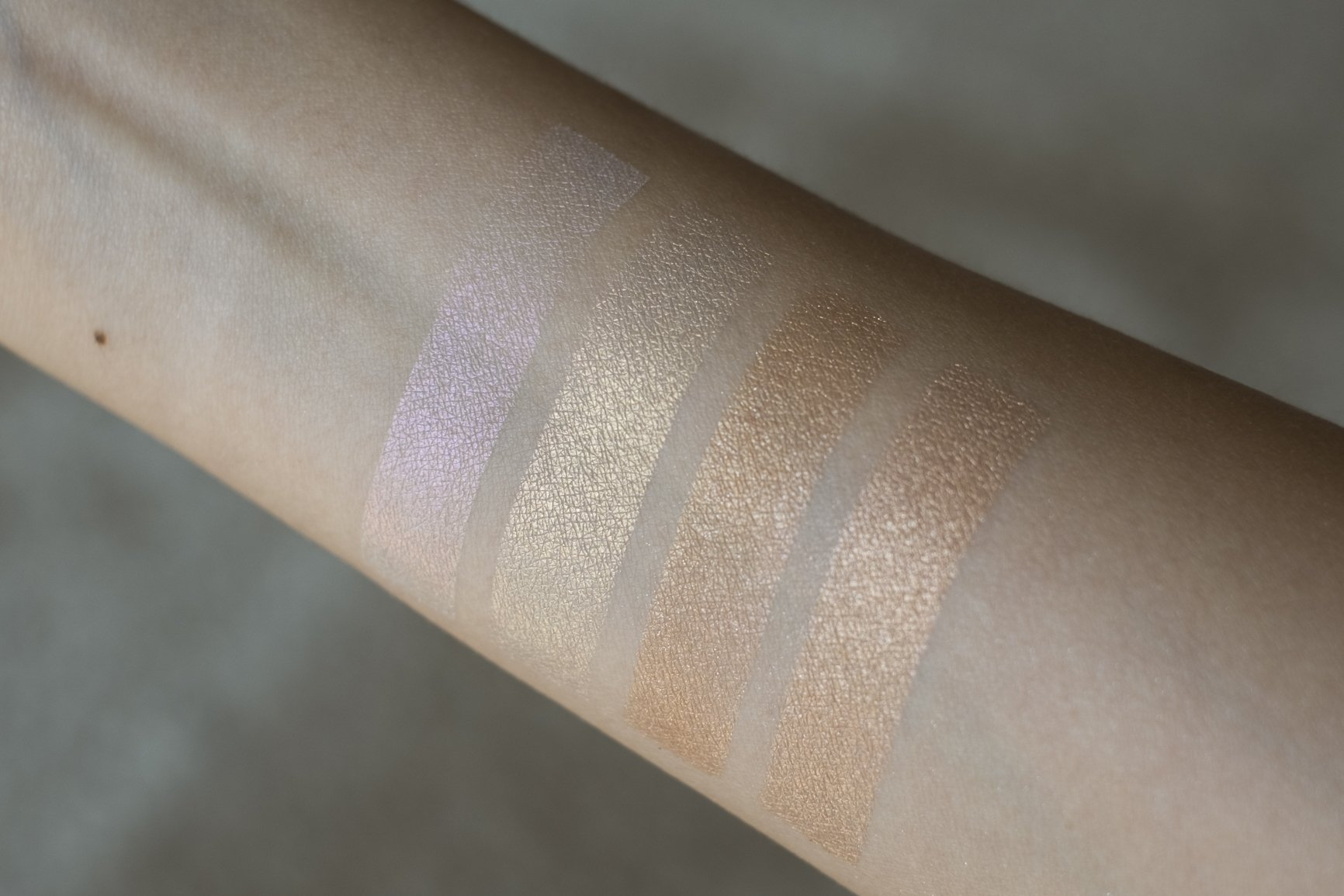 sunkissedblush-pat-mcgrath-Skin-Fetish-Sublime-Skin-Highlighting-Trio-swatches (30 of 30)