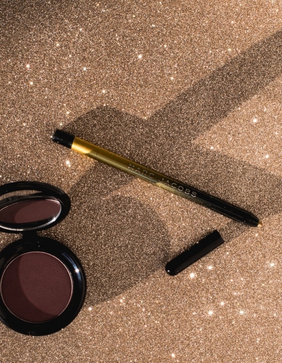 Marc Jacobs Beauty New O!mega Gel Powder Eyeshadow and Highliner Glam Glitter Review