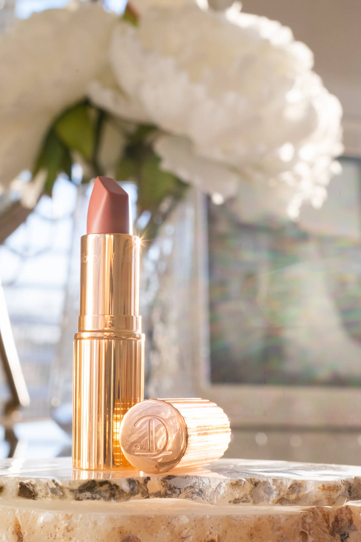 CHARLOTTE TILBURY Matte Revolution in Pillow Talk