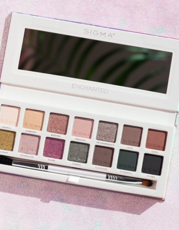 Sigma Beauty Enchanted Eyeshadow Palette Review